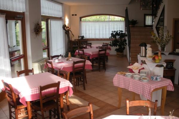 sala-colazione-e-cena9C22237F-F664-31C6-87CD-FC7AE688BE68.jpg